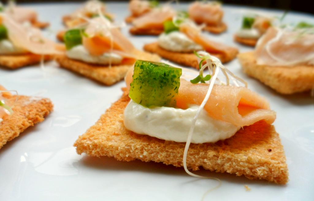 Transmitimos la esencia de tu evento en cada bocado. Samán Gourmet